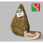 """Guanciale"" bacon, around 1 kg, in vacuum"